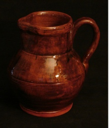 Medinger style pitcher, side